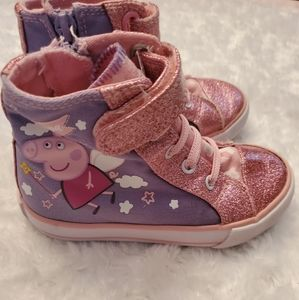 Other - 🐽Precious PePpA PiG high tops!🐽
